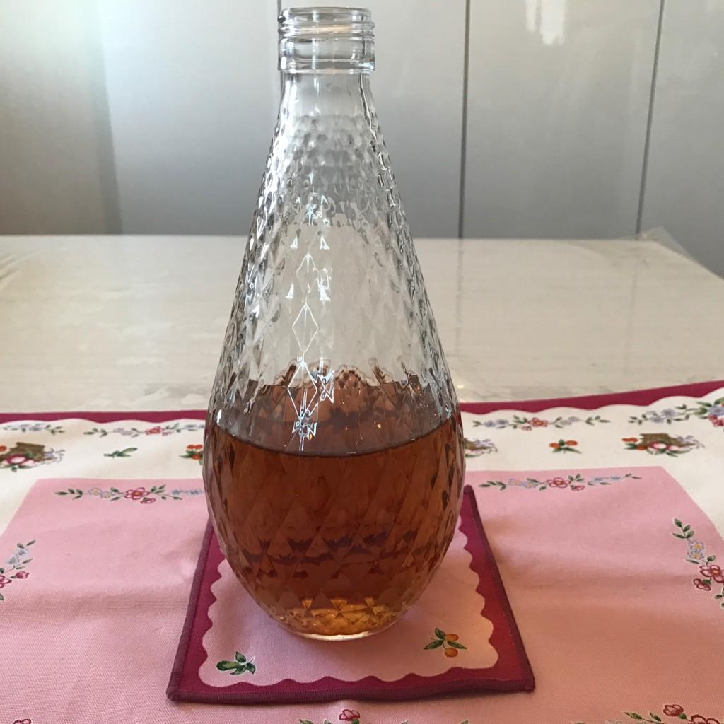 純米酒と梅干を煮込んで作った煎り酒