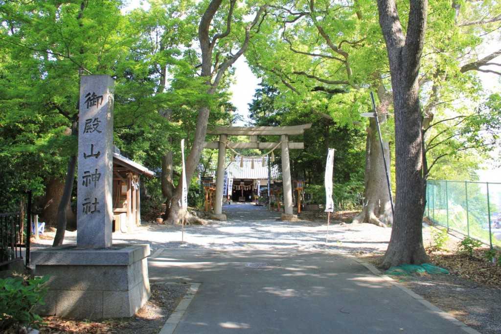 御殿山神社