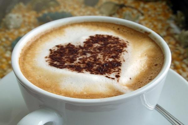 coffee-heart-art
